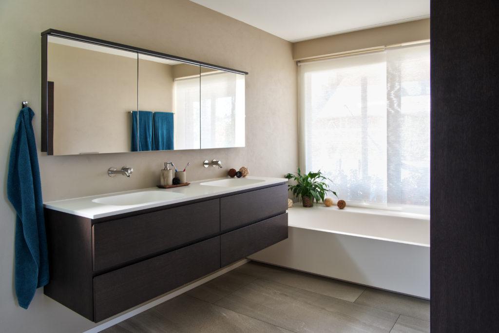 Mineralguss Waschtisch + Badewanne